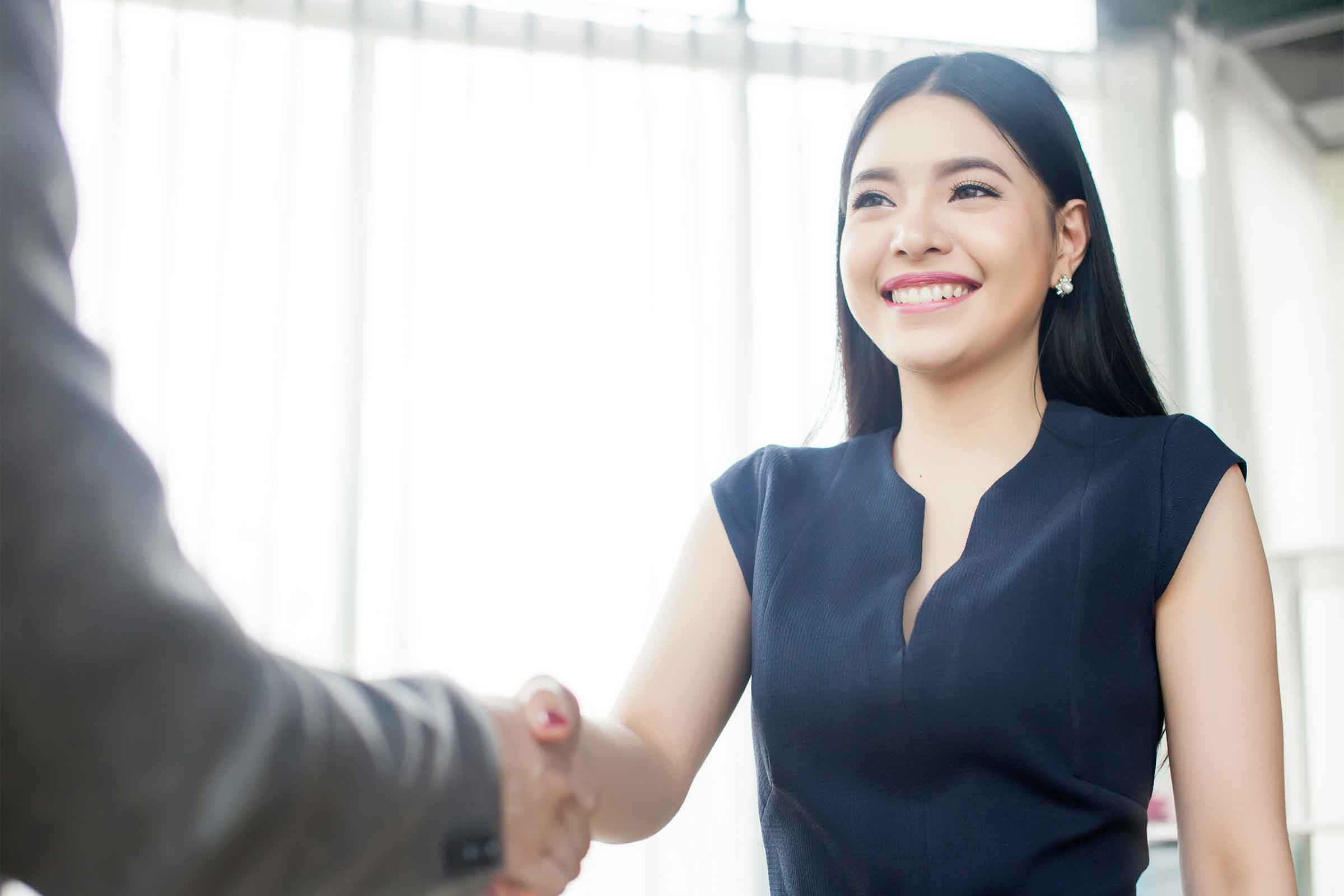 Are You Often Making a Good First Impression?   Blog Beyond Beauty